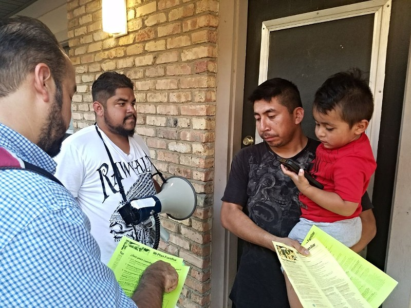 Latino Memphis members distribute immigration information - LATINO MEMPHIS
