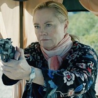 Cybill Shepherd gets serious in Rose