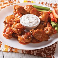 What Beer Pairs Best With Buffalo Wings?