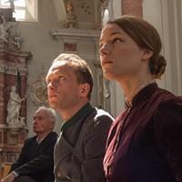 August Diehl as Franz Jägerstätter and Valerie Pachner as Fani Jägerstätter in A Hidden Life