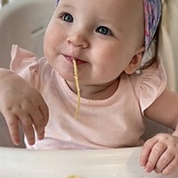 "Little Gourmet: Toddler Enjoys ""Grownup"" Meals on Instagram"
