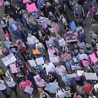 Thousands Join Memphis Women's March