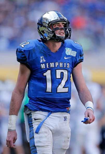 paxton_lynch_miami_beach_bowl_qccfrmgndxbl.jpg