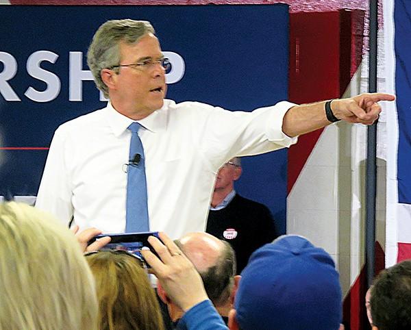 Jeb Bush putters along at Salem
