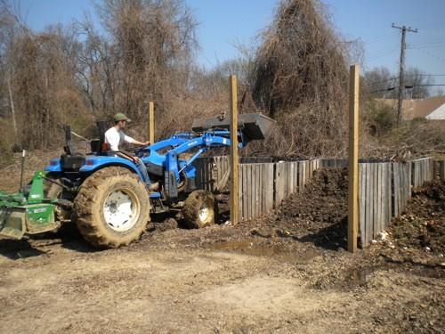 tractor_compost.JPG