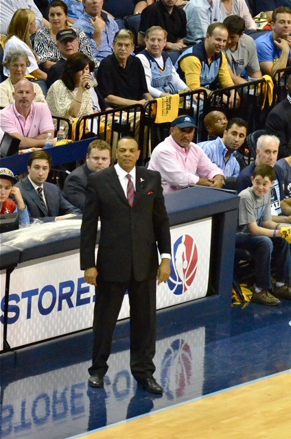 Win or lose, tonight could be the last time Lionel Hollins patrols the FedExForum sideline as Grizzlies coach.