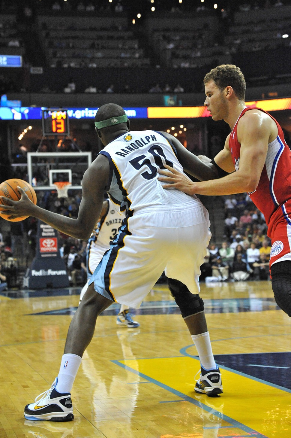 Zach Randolph and Blake Griffin will get physical on the block.