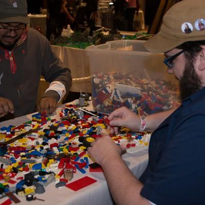 25 Superheroes and Celebrities at Detroit Comic FanFare