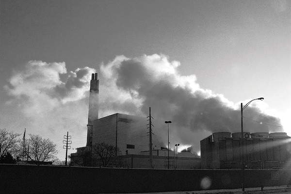 A deal gives incinerator a lock on trash city doesn't recycle. - MT PHOTO: W. KIM HERON