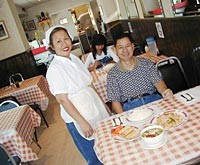 Eat In Thailand - METRO TIMES PHOTO / LARRY KAPLAN