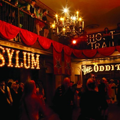 Halloween in Detroit: Theatre Bizarre