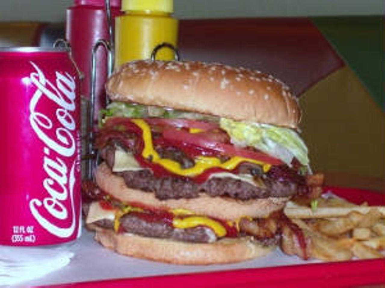 jaws jumbo burger greater detroit area american burgers restaurant. Black Bedroom Furniture Sets. Home Design Ideas