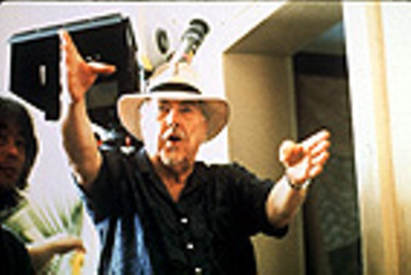 an analysis of the movie mash by robert altman 25 shares facebook twitter robert altman had a career like few others in the history of american film a war hero who flew 50 bombing missions in the pacific, altman worked first in industrial films and then in television, producing dozens of episodes in the 1950s and beyond.
