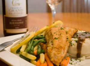 Sautéed walleye, green beans, mashed potatoes and gravy. - PHOTO OF LOON RIVER CAFÉ BY HASSAAN BEY