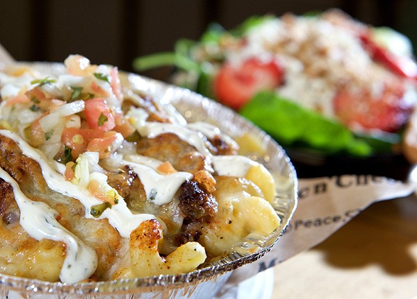 lorraine s plots midtown location spicy beef fajita mac and cheese ...