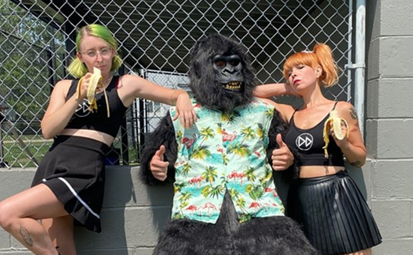 Detroit surf-punks Dear Darkness return with a gorilla on bass and a new 7-inch from Third Man Records