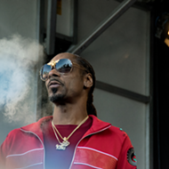 The Doggfather, Snoop Dogg, to 'Drop It Like It's Hot' in Detroit when it's cold AF