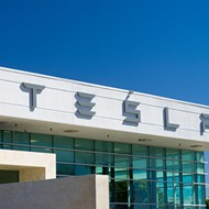 Michigan opens door for Tesla service centers/showrooms in state; still prohibits dealerships