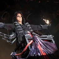 Alice Cooper announces first Detroit-area record signing in more than a decade