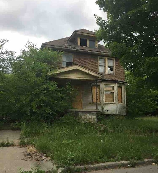 5741 Field Street is owned by the Detroit Land Bank Authority. It has not received a blight ticket  in ten years. - VIOLET IKONOMOVA