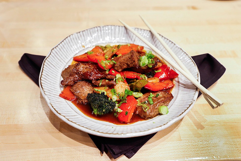 hot-restos-zao-jun-mongolian-beef.jpg