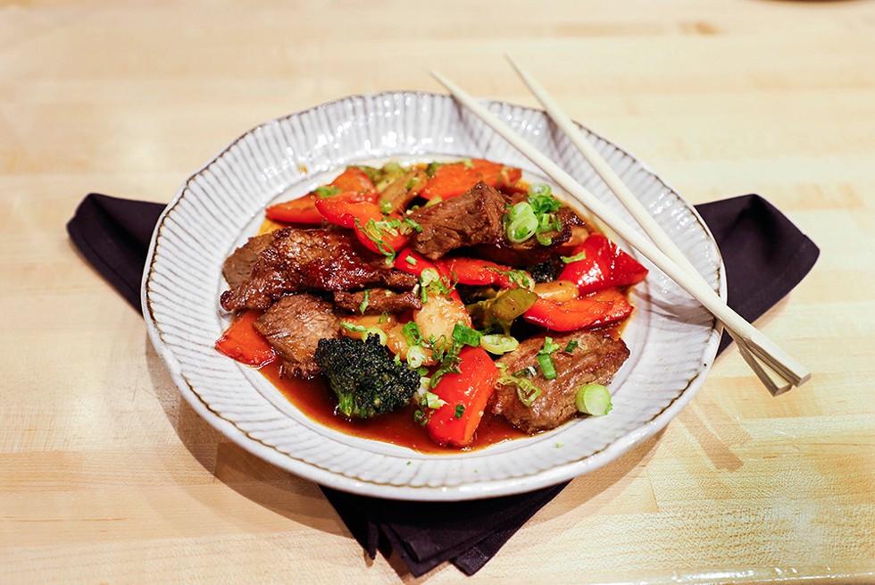 hot-restos-zao-jun-mongolian-beef.jpg