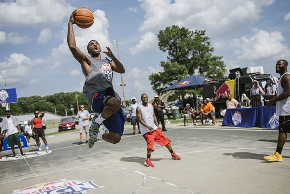 Rocket Power vs The Contenders during the finals at Red Bull Reign 3v3 basketball tournament, held at Halle Stadium in Memphis, TN, USA on 11 July 2015. - RYAN TAYLOR/RED BULL CONTENT POOL