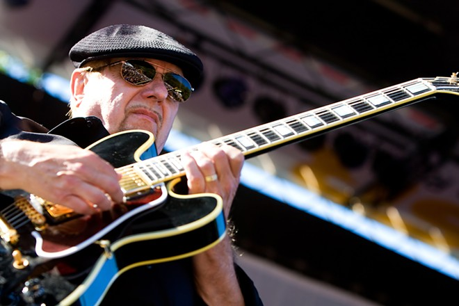 Dennis Coffey. - MPH PHOTOS, SHUTTERSTOCK