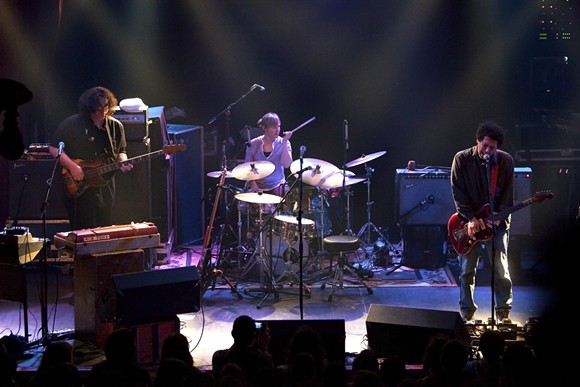 """Yo La Tengo - Sala Apolo 2010"" by https://secure.flickr.com/photos/alterna2/ - https://secure.flickr.com/photos/alterna2/4448772089/in/photostream/. Licensed under CC BY 2.0 via Commons."