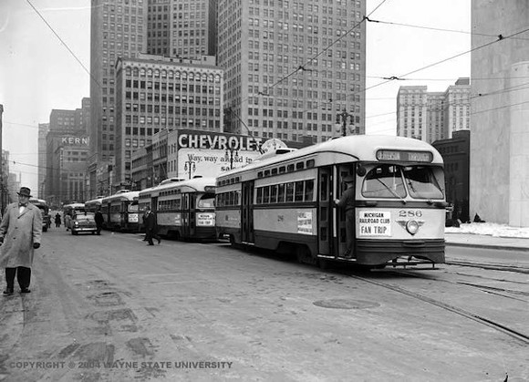 PHOTO COURTESY DETROIT NEWS COLLECTION, WALTER P. REUTHER LIBRARY, WAYNE STATE UNIVERSITY