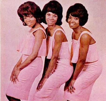 MARTHA AND THE VANDELLAS IN 1965. (L-TO-R) ROSALAND ASHFORD, MARTHA REEVES, AND BETTY KELLEY