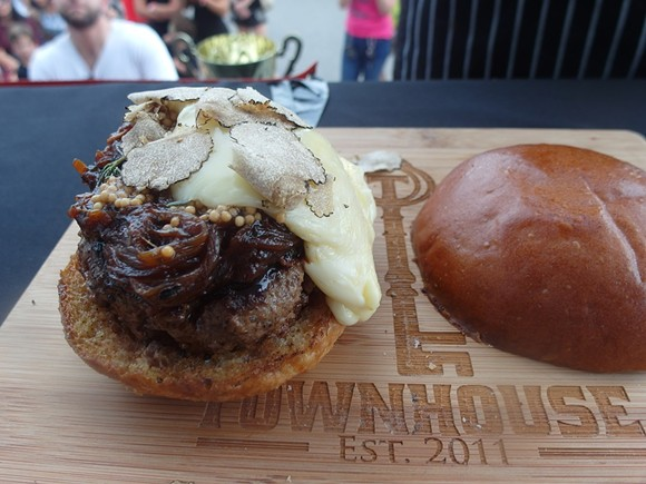 Townhouse burger - PHOTO BY SERENA MARIA DANIELS