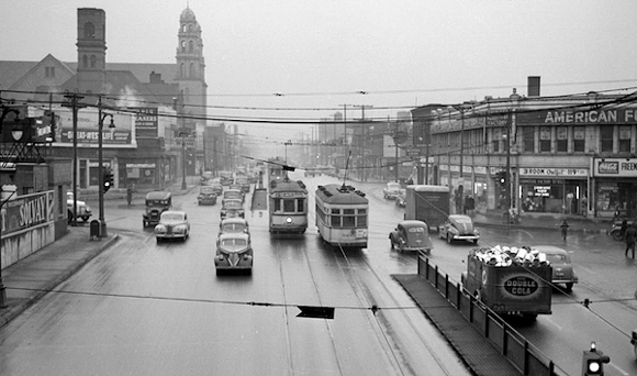 Streetcars ply Grand River Avenue in this view from Dec. 1, 1942 - DETROIT NEWS COLLECTION, WALTER P. REUTHER LIBRARY, WAYNE STATE UNIVERSITY