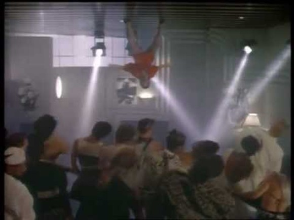"""SCREEN CAPTURE FROM LIONEL RICHIE'S """"DANCING ON THE CEILING"""" VIDEO."""