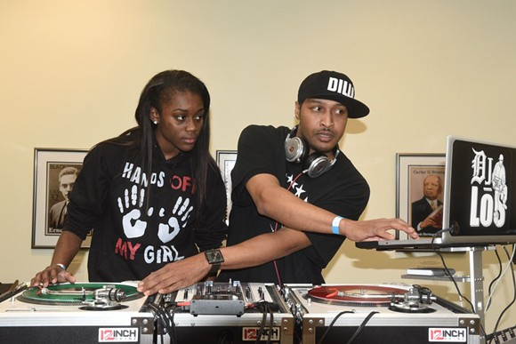 DJ LOS TEACHING AT DILLA YOUTH DAY IN 2016. PHOTO BY BY KAHN SANTORI DAVISON.