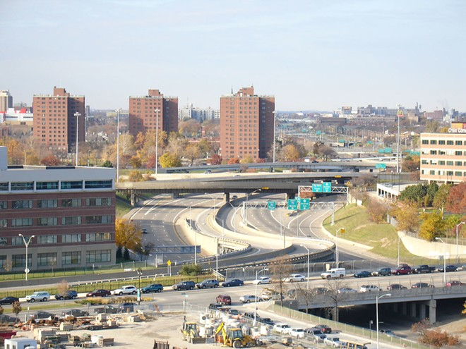Detroit's I-375 in 2007. - GAB482, FLICKR CREATIVE COMMONS