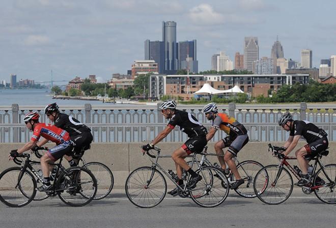 Cyclists on Belle Isle's MacArthur Bridge. - WAYNE STATE UNIVERSITY, DETROIT STOCK CITY