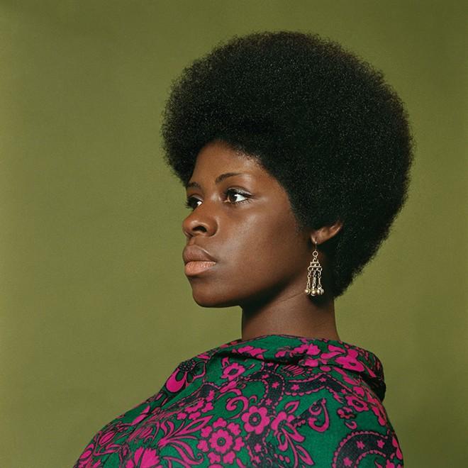 Kwame Brathwaite, Sikolo Brathwaite, African Jazz-Art Society & Studios (AJASS), Harlem, ca. 1968; from Kwame Brathwaite: Black Is Beautiful (Aperture, 2019). - COURTESY OF THE DIA
