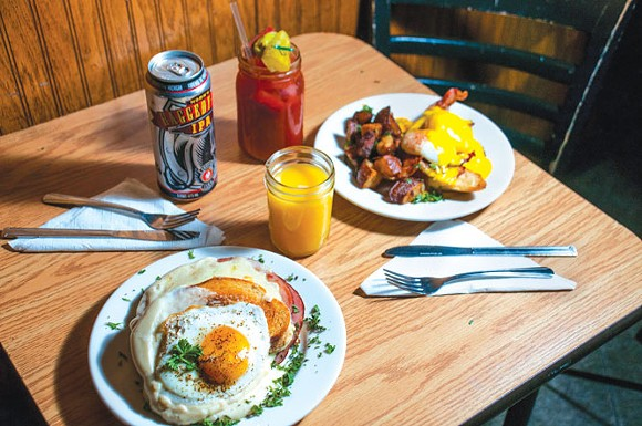 Boboville Brunch at Kelly's Bar. - TOM PERKINS