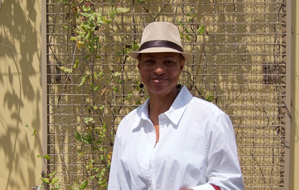 Donna Marie Pitts. - VIOLET IKONOMOVA