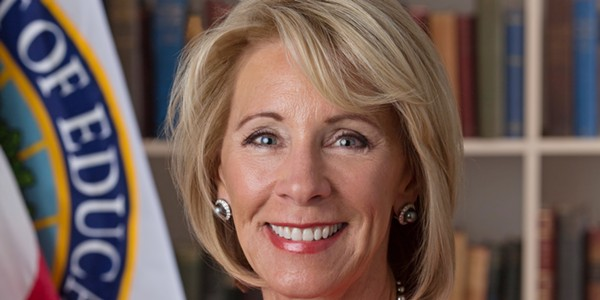 betsy_devos_official_portrait.jpg