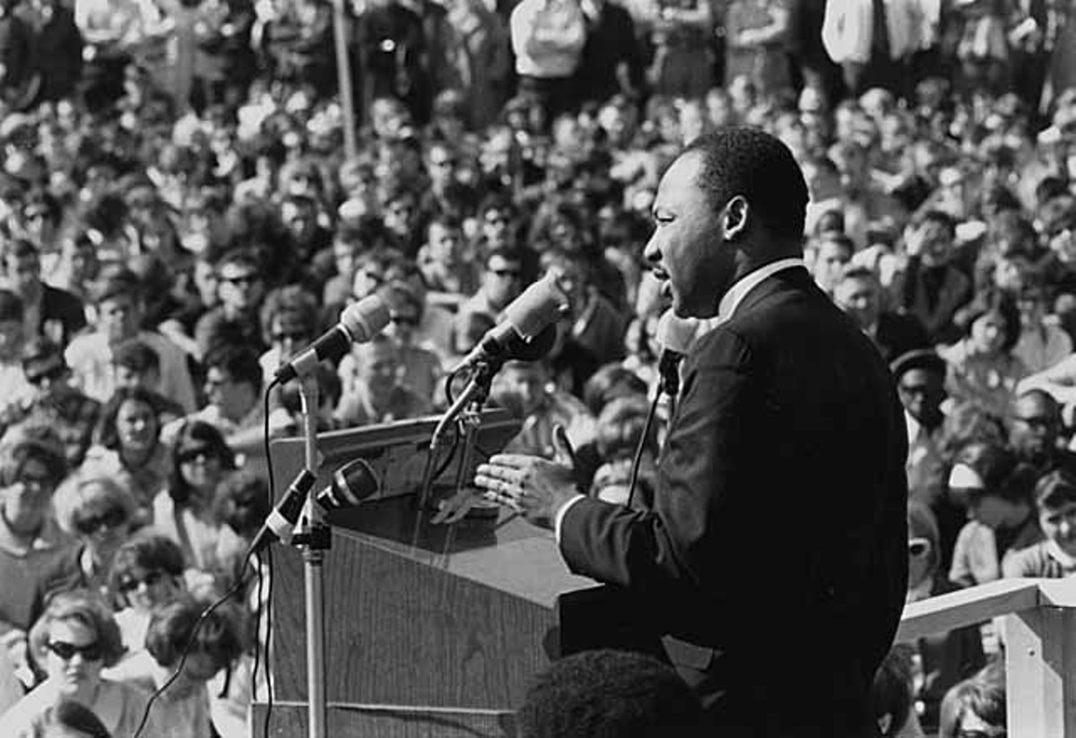 King speaking to an anti-Vietnam war rally at the University of Minnesota in St. Paul, April 27, 1967.