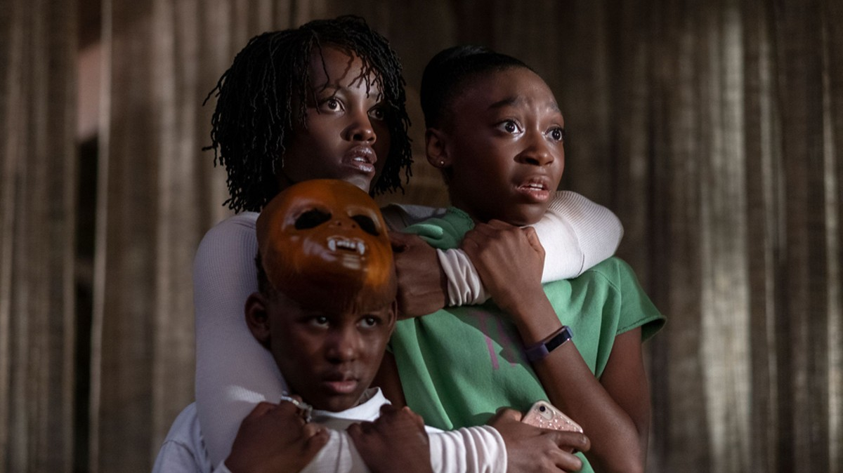 Evan Alex, Lupita Nyong'o, and Shahadi Wright Joseph in Us.