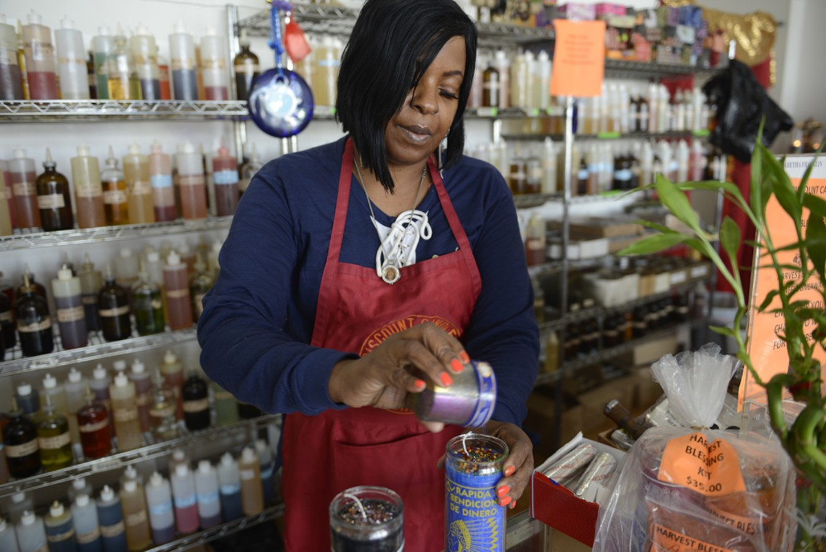 Star Gazer dresses a pair of candles at Discount Candles.