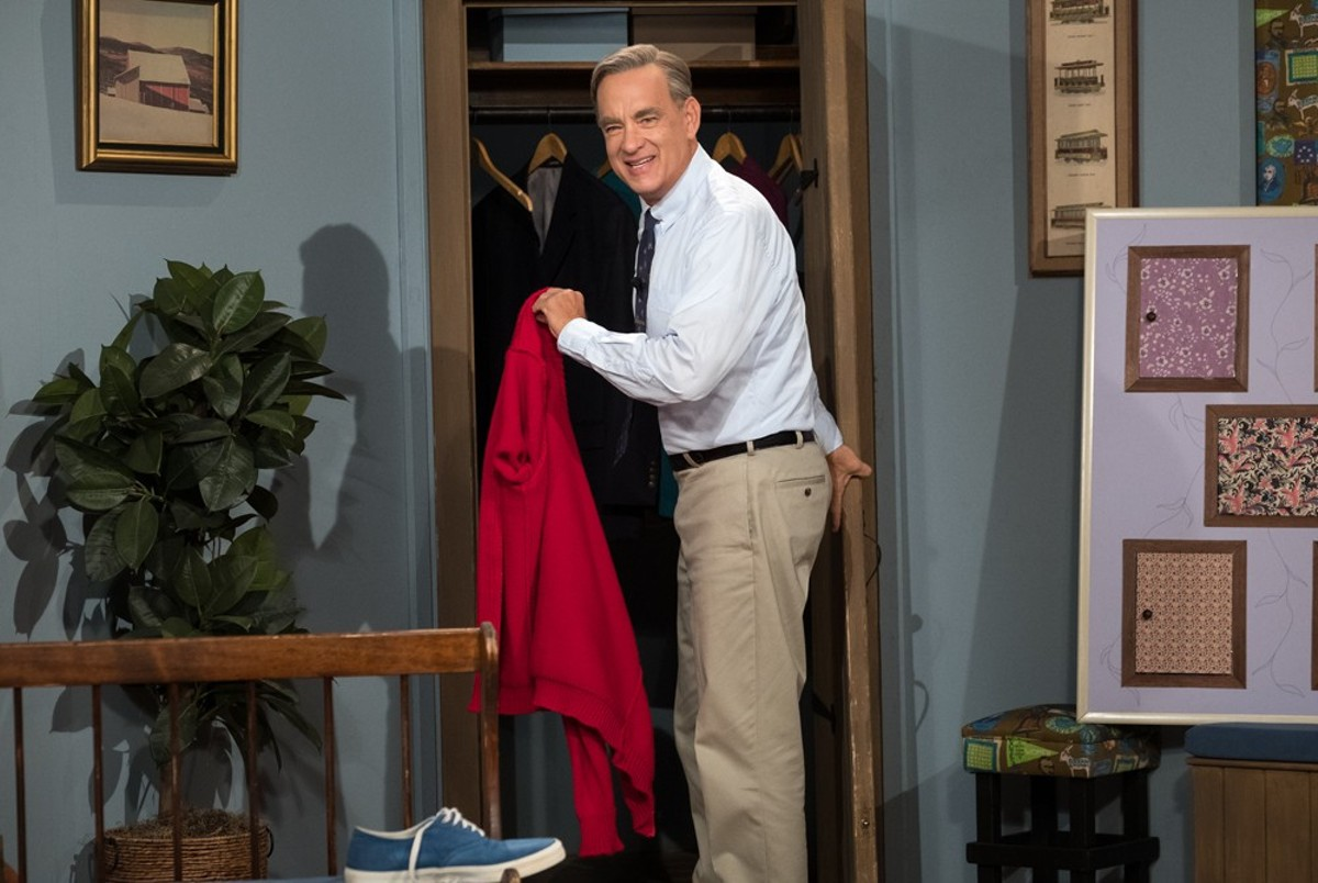 Tom Hanks stars as Mister Rogers in A Beautiful Day in the Neighborhood.