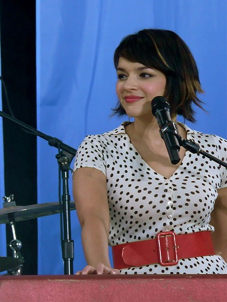 NORAH JONES IN 2010. PHOTO COURTESY WIKIPEDIA.