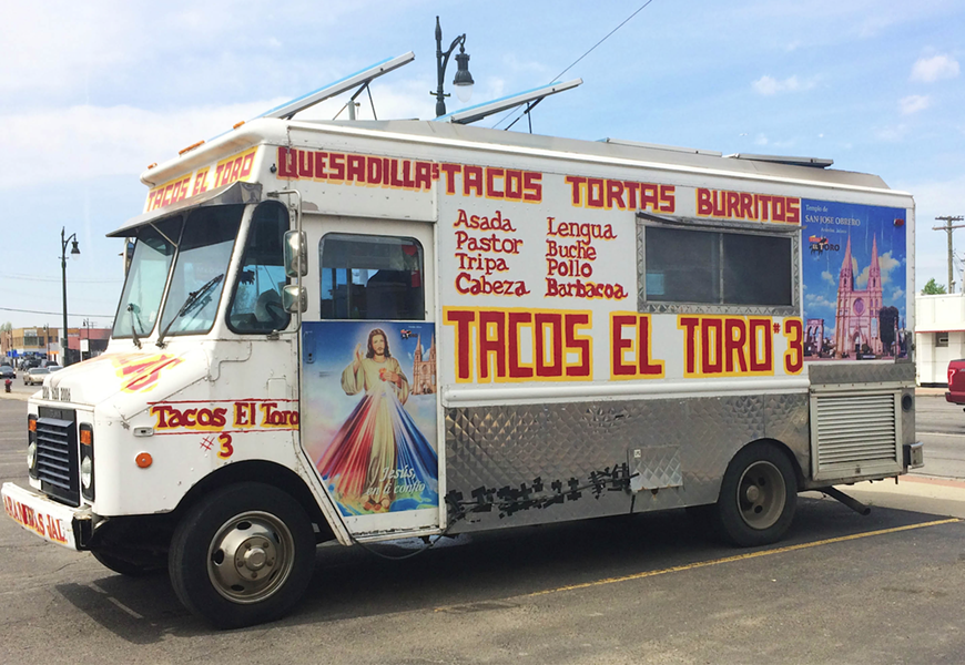 Tacos El Toro 3. - TOM PERKINS