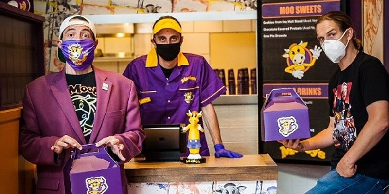 Mooby's, a pop-up restaurant, is bringing the Kevin Smith View Askewniverse to Detroit this year.