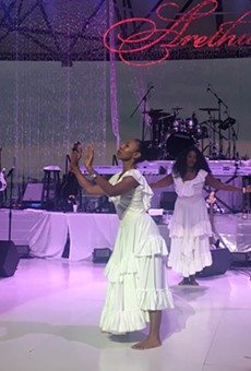 Longtime Aretha Franklin choreographer Lisa McCall (back) created a routine in honor of the legendary songstress.