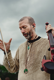 One-man orchestra Dixon's Violin brings transportive soundscapes to Ferndale